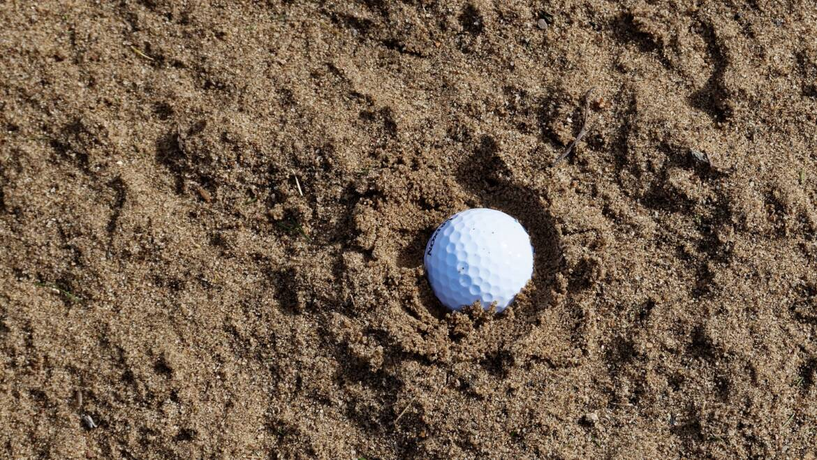 How to play from wet sand