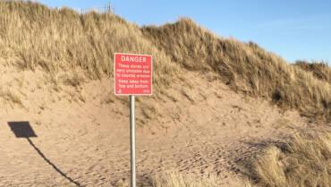 Coastal erosion at Montrose Links