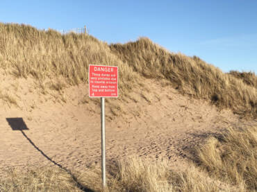 Coastal erosion at Montrose Links